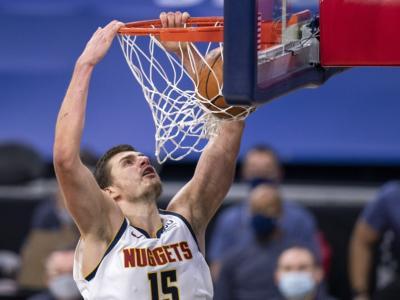 NBA 2021: i risultati della notte. Jokic trascina Denver. Vittorie di Houston e Philadelphia