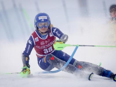 Sci alpino, rottura del legamento crociato per Lara Della Mea. Stagione finita per l'azzurra