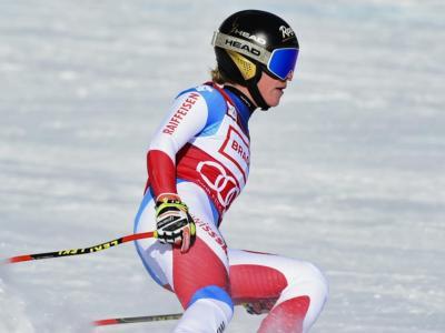 Sci alpino, Lara Gut-Behrami si ferma dopo tre porte a Lenzerheide: protesta dell'elvetica? Arriva la smentita