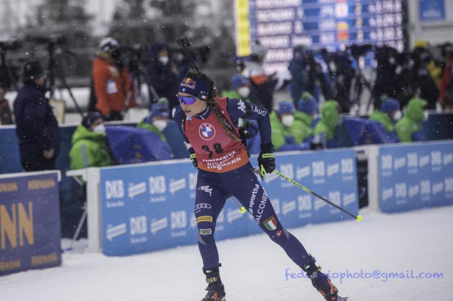 Biathlon, Wierer pronta per una nuova impresa nella mass start di Anterselva, la staffetta maschile senza Hofer