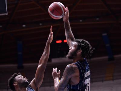 Basket, Serie A 2020-2021: la Fortitudo esce alla distanza ed espugna Cantù