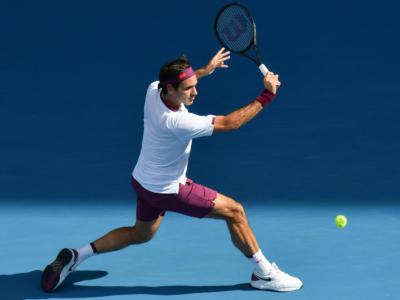 Tennis, ATP Doha 2021: Roger Federer eliminato ai quarti. Basilashvili rimonta e batte lo svizzero