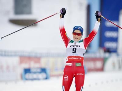 Sci di fondo: Johaug cade e poi scappa, sua la skiathlon dei Mondiali. Anna Comarella 21a, miglior italiana