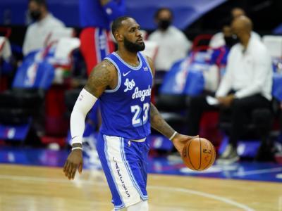NBA 2021, i risultati della notte (5 febbraio): LeBron James trascina i Lakers, Golden State travolge Dallas