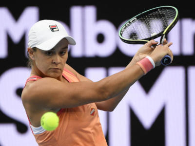 WTA Melbourne 2 2021: avanzano Barty, Kenin e Serena Williams. Eliminate in lotta Pliskova e Kvitova
