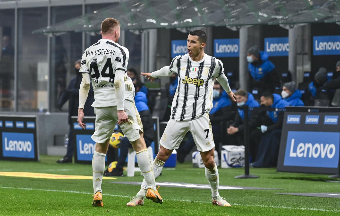 Live Napoli Lazio 5 2: Osimhen scaccia via le paure!