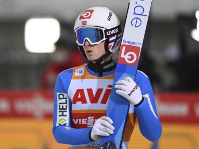 Salto con gli sci: ai Mondiali sempre Granerud al top, sua la qualificazione dal trampolino normale. Avanti Bresadola e Moroder