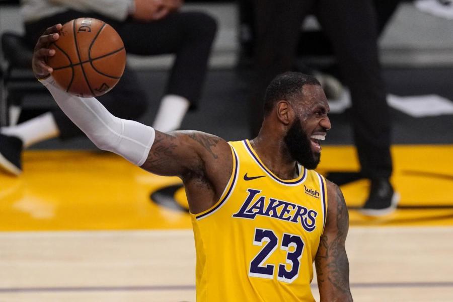NBA, All Star Game 2021: Embiid e Simmons salteranno la sfida causa protocollo Covid