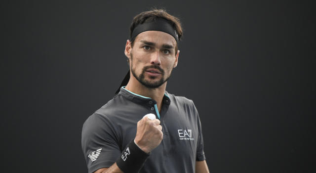 Australian Open 2021, Fabio Fognini supera Salvatore Caruso per 14-12 al tie-break del quinto set!