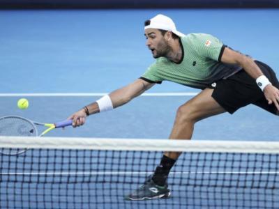 """LIVE Berrettini-Tsitsipas, Australian Open in DIRETTA: forfait per infortunio del romano: """"Farò di tutto per tornare in campo al più presto"""""""