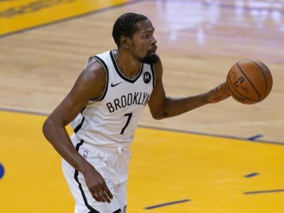 NBA 2021, i risultati della notte. Durant trascina Brooklyn, Antetokounmpo si fa male e i Bucks vanno ko