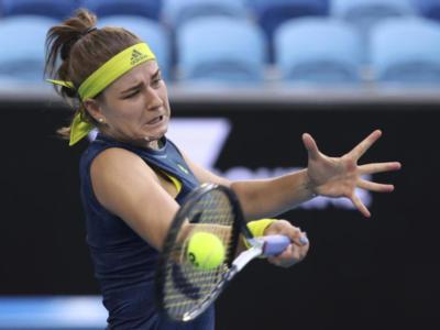 Australian Open 2021, un MTO per la svolta: Karolina Muchova rimonta Ashleigh Barty. Semifinale contro Jennifer Brady