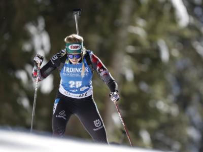 VIDEO Biathlon, Mondiali 2021: Hauser beffa le norvegesi nella mass start femminile, Vittozzi sogna ma è quinta