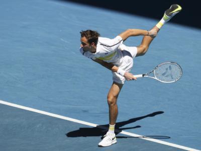 Medvedev-Tsitsipas oggi, Australian Open: orario semifinale, programma, tv, streaming