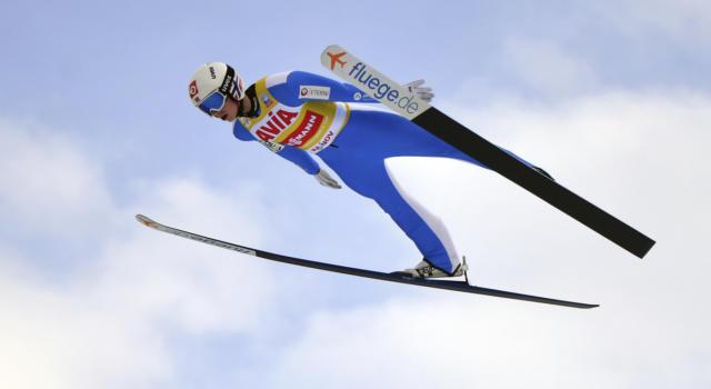 Salto con gli sci: il team event misto di Rasnov va alla Norvegia su Slovenia e Austria