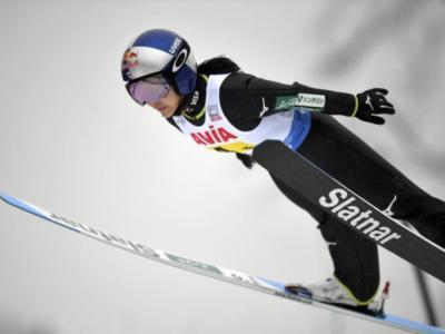 Salto con gli sci femminile, Takanashi vince la qualificazione sul Normal Hill ai Mondiali di Oberstdorf. Top15 per le sorelle Malsiner