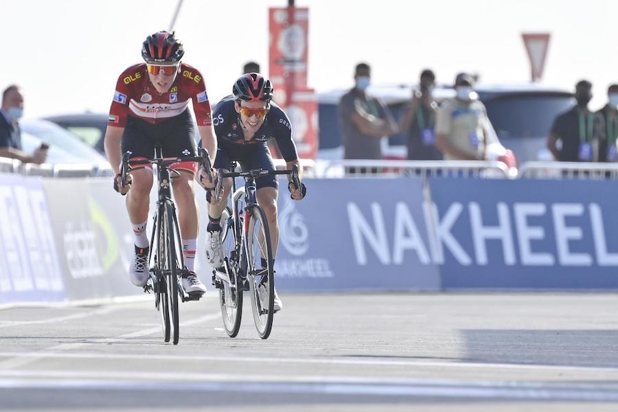"""LIVE UAE Tour, quinta tappa in DIRETTA: nove uomini al comando con 2'50"""" sul gruppo. C'è anche Colleoni"""