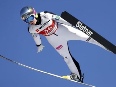 Salto con gli sci femminile, Ema Klinec trionfa a sorpresa sul Normal Hill ai Mondiali. Lundby e Takanashi sul podio