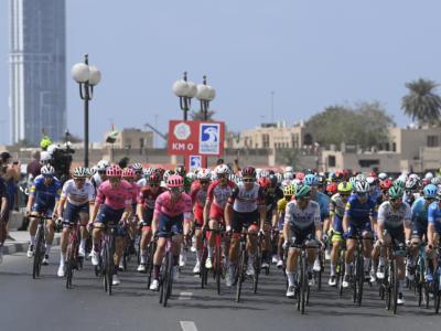 LIVE UAE Tour 2021, ultima tappa in DIRETTA: trionfa Caleb Ewan su Sam Bennett. Classifica a Tadej Pogacar