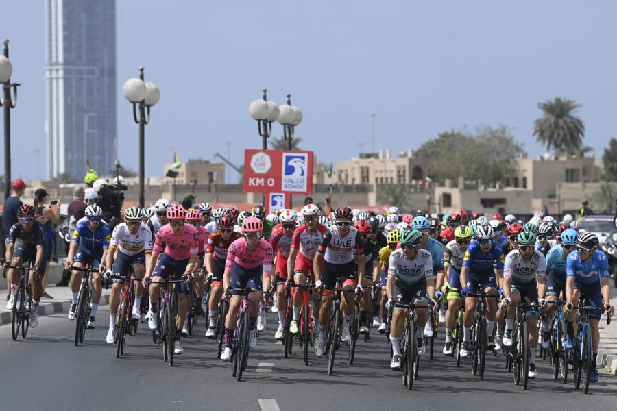 LIVE UAE Tour 2021 |  ultima tappa in DIRETTA |  veloci verso la volata