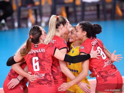Volley, Champions League: Busto Arsizio firma l'impresa! Schiacciato l'Eczacibasi, si sogna la semifinale
