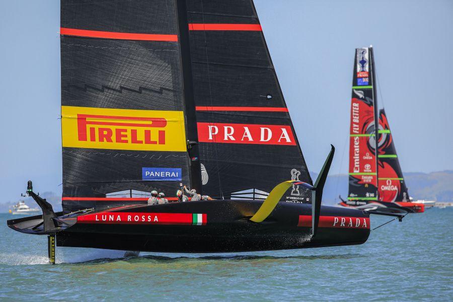 """LIVE America's Cup in DIRETTA: Luna Rossa New Zealand, si comincia! Bertelli: """"Dipenderà dal vento"""""""