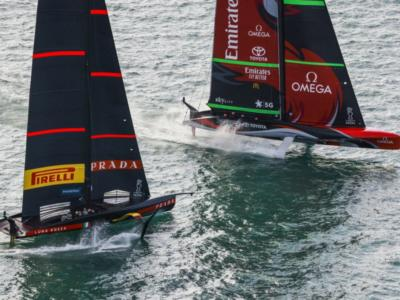 America's Cup, Team New Zealand si allena. Te Rehutai inseguita dai 'gommoni spia'! – VIDEO