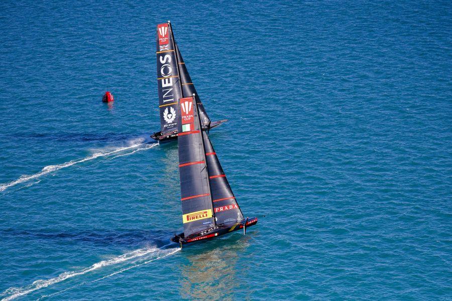 LIVE America's Cup in DIRETTA: Luna Rossa e NZ di nuovo in acqua. E' battaglia di spionaggio!
