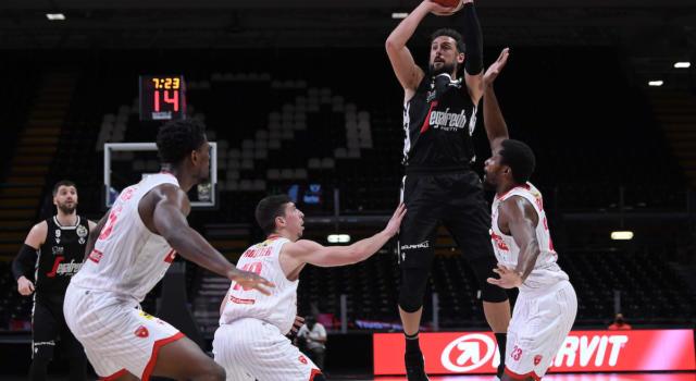 Basket: Belinelli-Adams e la Virtus Bologna va. Brindisi rischia, ma batte Trieste. Tre seconde dopo gli anticipi della 20a di Serie A