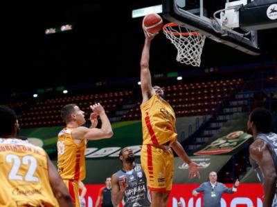 Basket, Coppa Italia 2020-2021: Pesaro non si fa rimontare da Brindisi e sfiderà Milano in finale