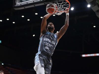 LIVE Brindisi-Pesaro 69-74, Coppa Italia basket in DIRETTA: dopo 17 anni la Vuelle torna in finale