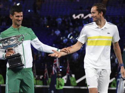 Tennis, Novak Djokovic boccia la nuova generazione: Medvedev affossato e la legge dei 'titani' vale ancora