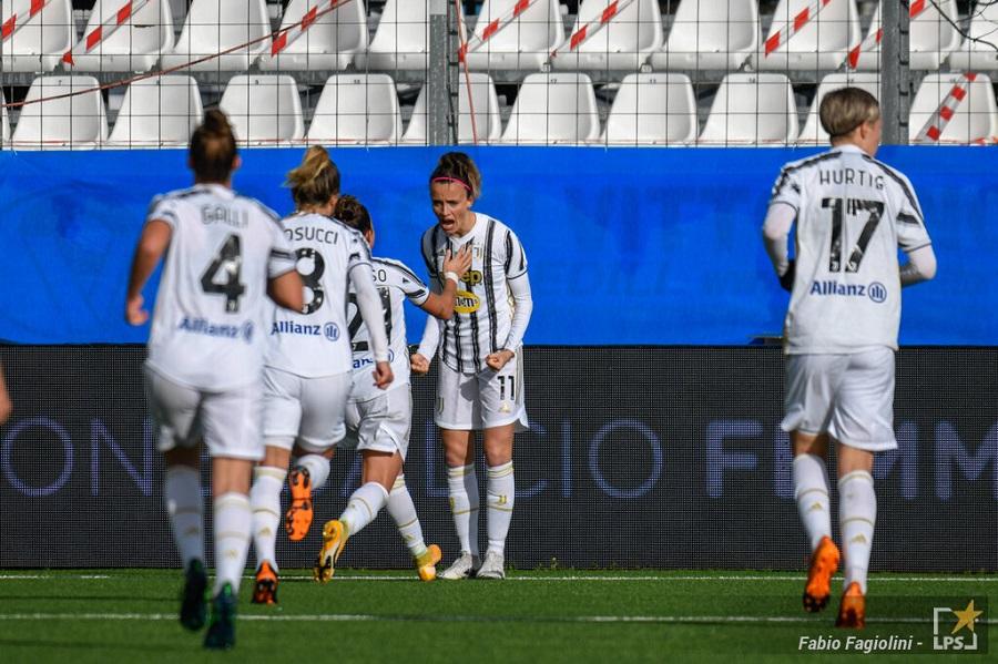 Calcio femminile, Serie A 2021: tris della Juventus contro San Marino, Roma ok contro Empoli