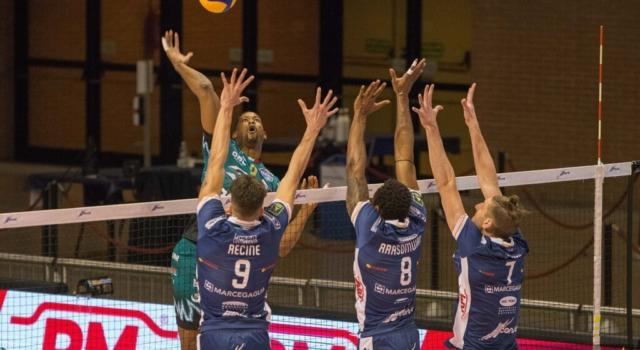 LIVE Modena-Perugia 3-0, Champions League volley in DIRETTA. Gialloblù travolgenti: sono a due set dalla semifinale! Umbri demoliti