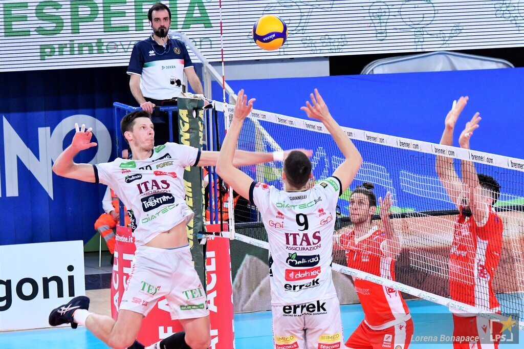 LIVE Berlin Recycling Trento 0 1, Champions League volley in DIRETTA. Abdel Aziz devastante, trentini avanti: 19 25