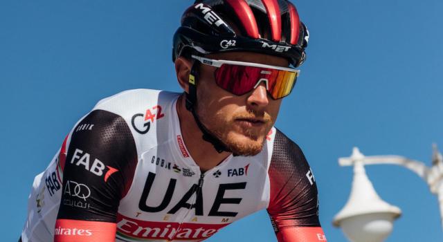 """Giro delle Fiandre 2021, la sfortuna frena Matteo Trentin: """"Corsa stregata"""". Poi si scusa per la bestemmia"""