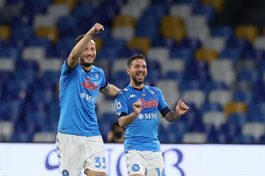 Serie A calcio: Napoli Lazio 5 2, Roma Atalanta 1 1. Si infiamma la lotta per la Champions League