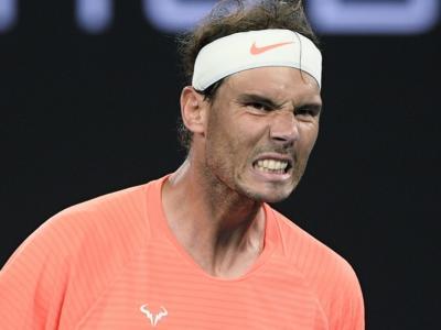 Tennis, Rafael Nadal non giocherà il torneo di Acapulco per problemi alla schiena. Altre questioni però in ballo…