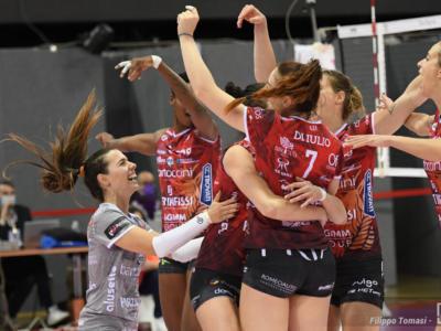 Volley, serie A1 femminile 26. giornata. Perugia corsara, Brescia retrocede in A2. Conegliano chiude imbattuta la regular season