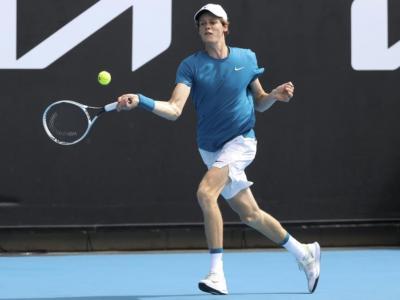 LIVE Australian Open, risultati 8 febbraio in DIRETTA: avanti Giorgi ed Errani, out un Sinner orgoglioso, Mager e Travaglia