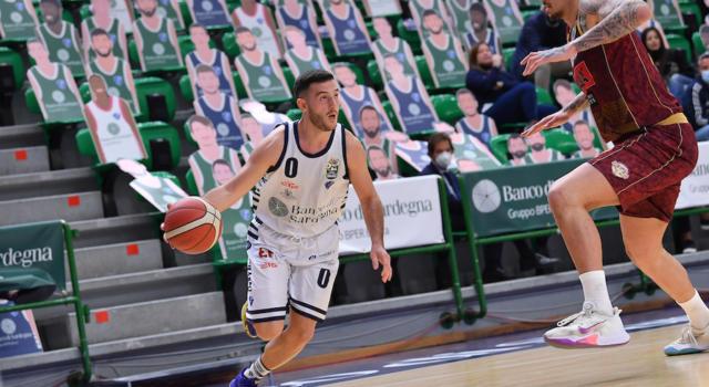 Basket, Serie A 2020-2021: Sassari batte Venezia con un ottimo secondo tempo