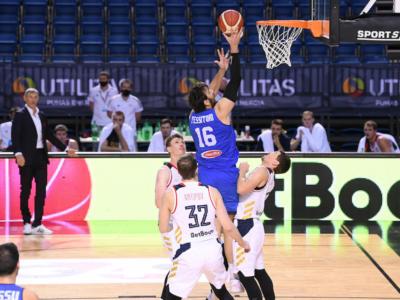 LIVE Italia-Estonia 101-105, Qualificazioni Europei basket in DIRETTA: azzurri battuti all'overtime dai baltici. Kotsar e Drell decisivi