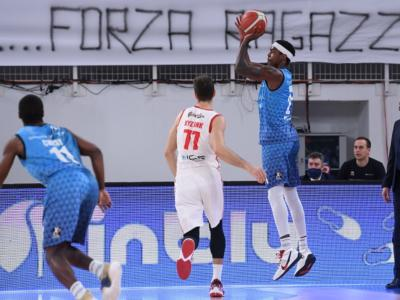 Basket, Serie A 2021: Brescia fa suo il posticipo della 20ma giornata contro Reggio Emilia