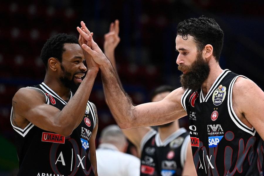 LIVE Olimpia Milano Fenerbahce 28 24, Eurolega basket in DIRETTA: meneghini avanti al termine del primo quarto