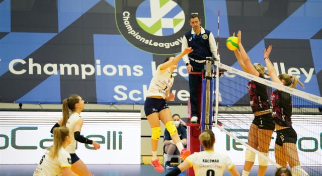 Volley femminile, Champions League: Busto Arsizio travolge il Resovia e resta in corsa per i quarti