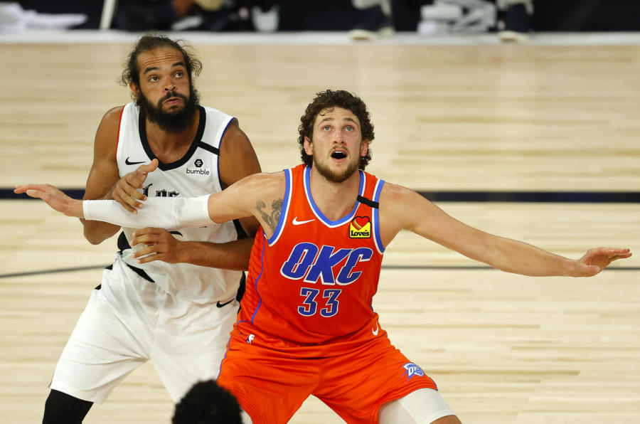 Basket, il due volte All Star Joakim Noah lascia la pallacanestro