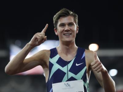Atletica, Jakob Ingebrigtsen: prima la squalifica, poi il ricorso e l'oro nei 1500. Cosa è successo