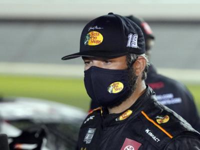 NASCAR, Martin Truex Jr conquista per la prima volta Phoenix