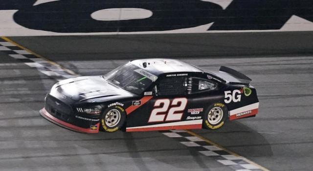 NASCAR Xfinity Series, Austin Cindric si impone a Phoenix