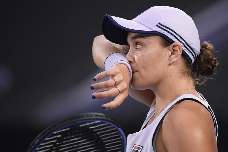 Tennis: infortunio Ashleigh Barty, il ritorno è previsto al torneo di Miami